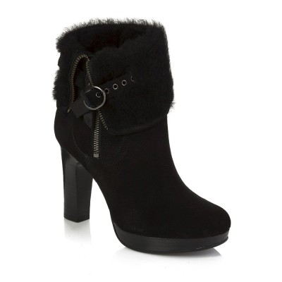 Ugg Scarlett Boots In Black Leather