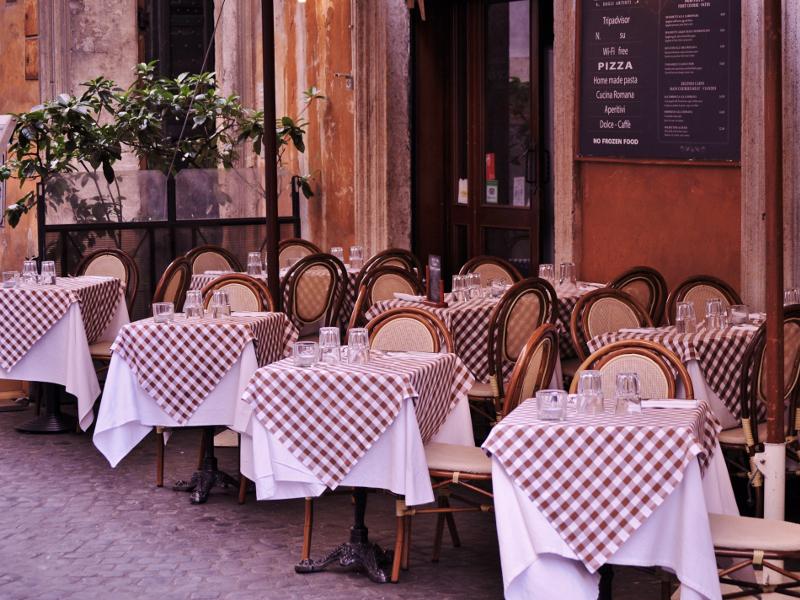 Restaurant SIZED