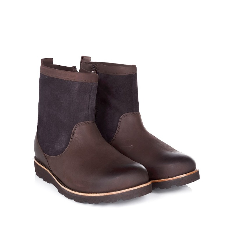 UGG BROWN HENDREN BOOT