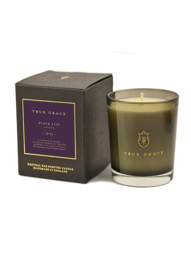 Black Lily Manor Candle